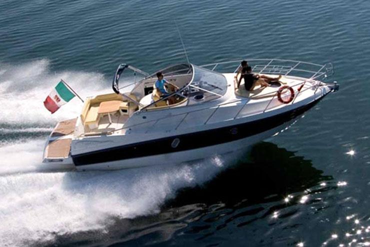 Sardinia Rent yacht luxury Cranchi 32 - Special Charter
